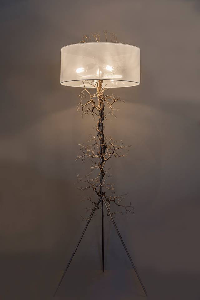 Roots of Destiny - Lampadaire