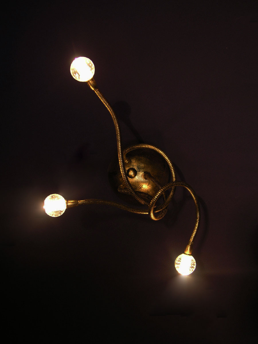 Wall light medusa 3 f m fos for Medusa light fixture